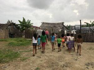 guna yala inwoners met familie woertman